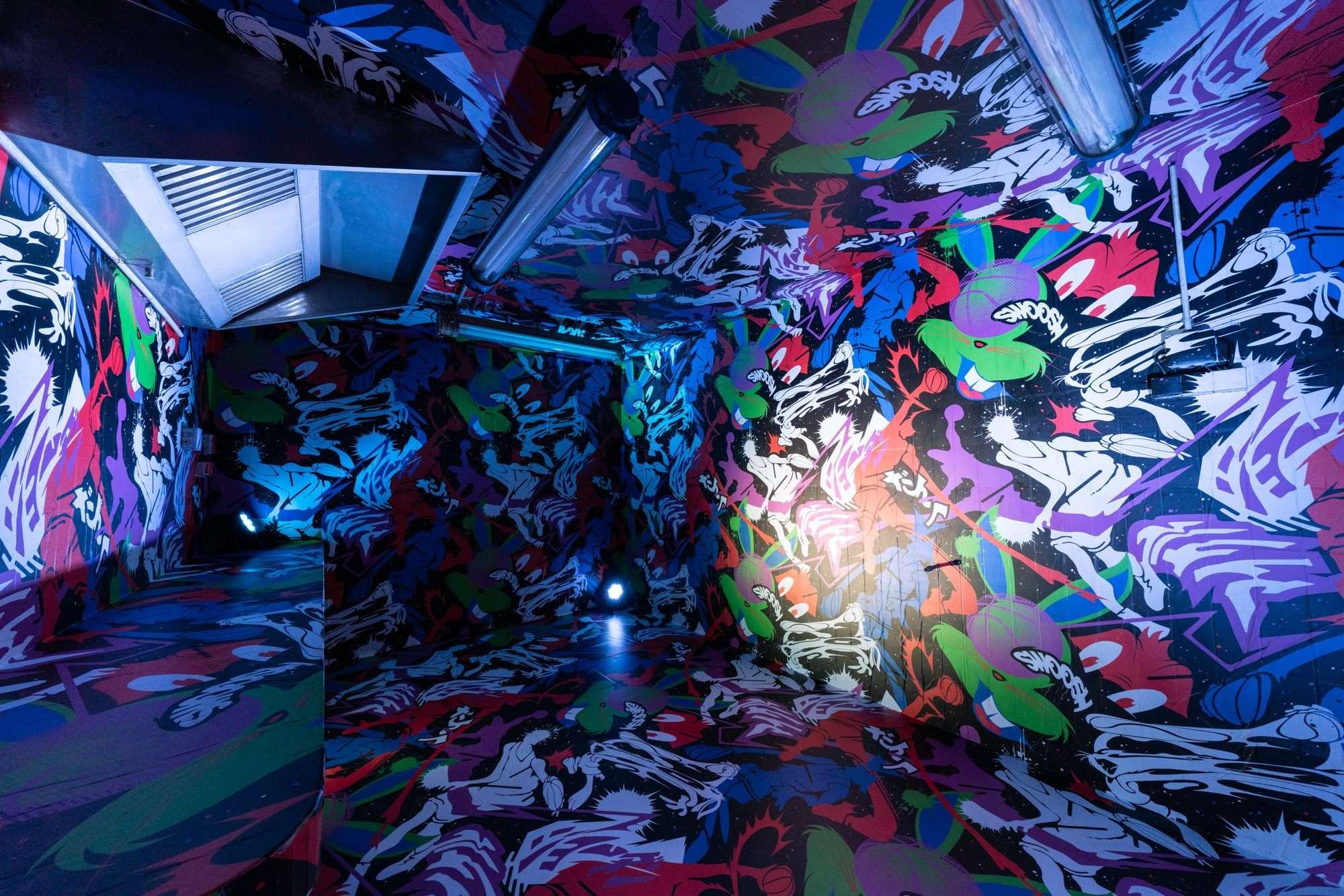 sato-creative-studio-paris-fantasista-utamaro-trajectoire-studio-installation-all-over-print