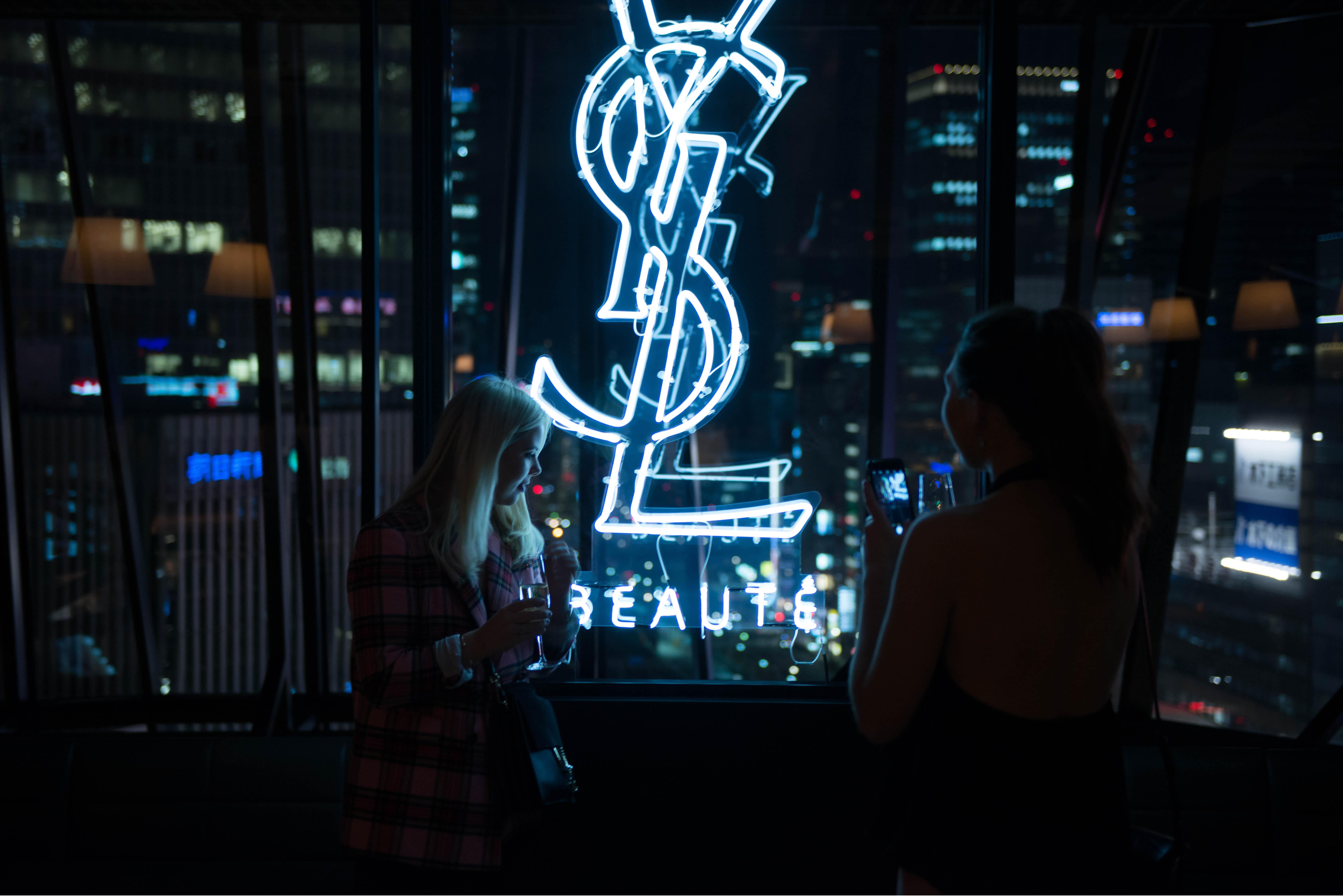 sato-creative-paris-tokyo-Yves Saint Laurent beauty- YSL - tokyo trip influencer - content - brand content - production